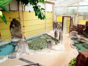 平山温泉 国民旅館 寿楽園
